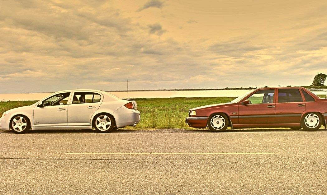Chevrolet Cobalt & Volvo 850